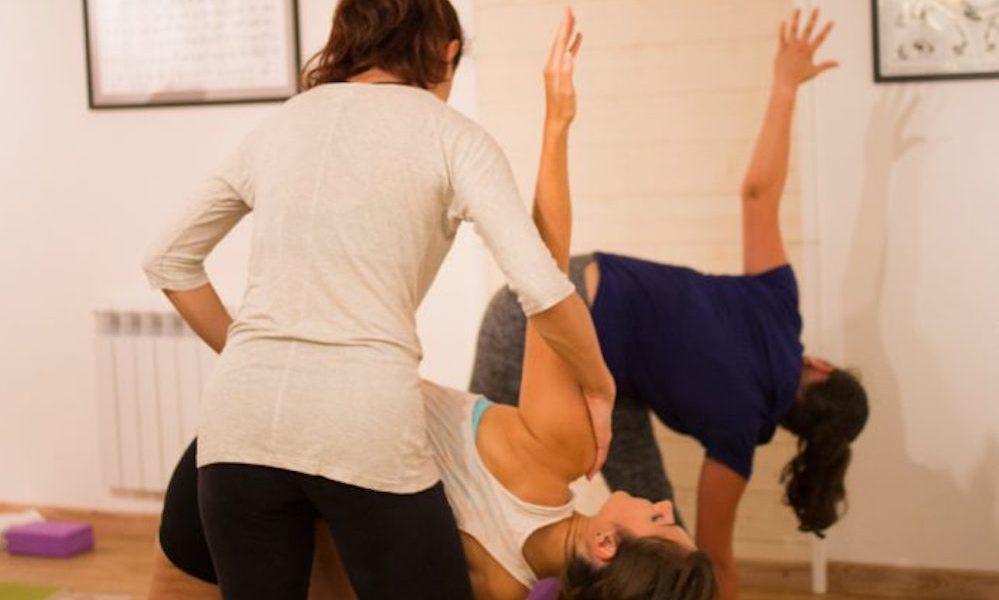 L'impact de l'énergie d'un(e) prof de yoga sur ses élèves