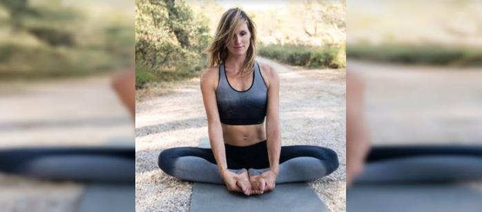 Aujourd'hui, j'ai le plaisir d'interviewer Vanessa Brouillet, fondatrice de l'école de yoga ashtanga YAMA à Marseille & Aix. Ensemble, nous avons parlé de l'ashtanga, des pratiques Mysore, de la vie…je vous en souhaite une excellente lecture !